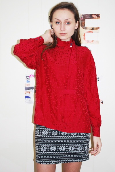 silk shirt red Stefan studio blouse