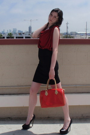 black Bakers heels - red arcadia bag - brick red Max Studio top