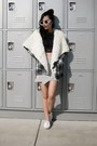 Checkered-coat-fiigirl-coat-hoÉ-beanie-twice-lux-hat-front-row-shop-skirt