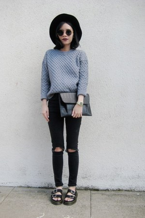 heather gray jumper - black top
