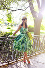 Green-emily-fin-dress-beige-catarzi-hat-yellow-zara-bag-red-zara-heels