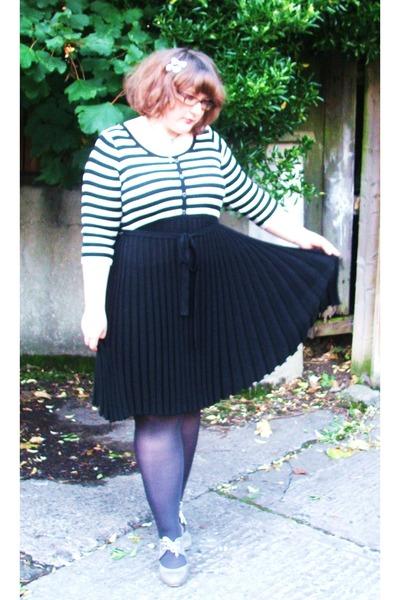 black bw fan dress unknown dress - silver grey tights George tights