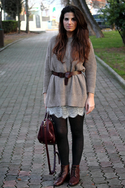 Massimo Dutti boots - Mango dress - Urban Outfitters bag - Zara jumper