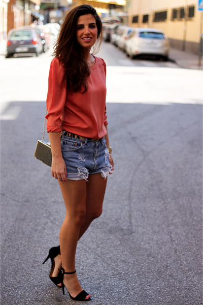 Levis shorts - BLANCO shirt - Mango bag - asos belt - Zara heels