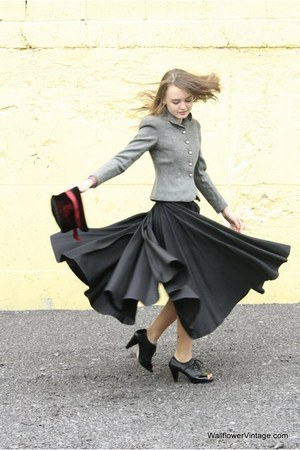 heather gray Wallflower Vintage coat - black Wallflower Vintage skirt - black Wa