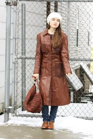 dark brown Wallflower Vintage coat - brown lace up oxfords Salamadar shoes