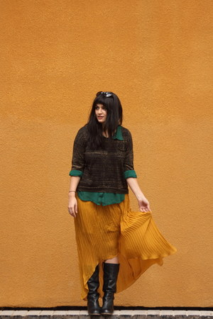 mustard Bar III skirt - black Zappos boots - dark brown DKNY sweater
