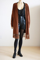 Brown-slouchy-fringe-vintage-sweater