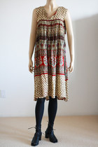 Brick-red-vintage-by-wemovevintage-dress