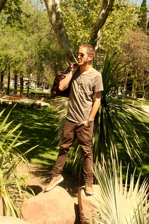 handmade pants - H&amp;M t-shirt - nike shoes - Ray Ban sunglasses