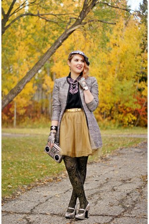 camel tulle skirt - silver tweed jacket - heather gray boom box bag