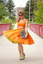 orange dress - lime green fascinator hat - silver clutch bag - silver belt