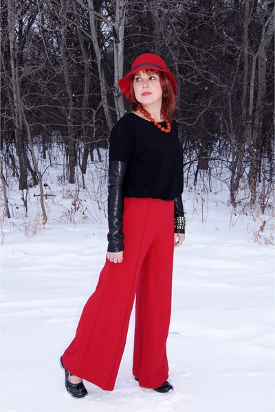 black Object top - red wide leg pants Moda International pants