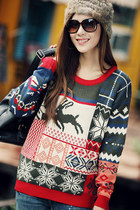 Christmas Sweater with Deers & Snowflakes Print - Red Neck