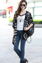 Geometric Batwing Sleeves Draped Cardigan