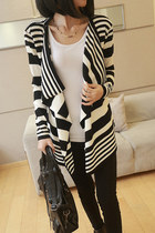 Black/White Stripes Waterfall Draped Cardigan
