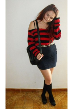 redblack carhart sweater - Secondhand bag - black one socks - H&M skirt - punk s