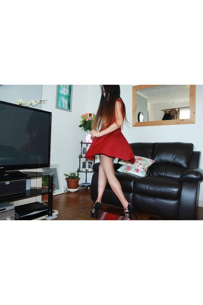 ruby red new look dress - gold Tommy Hilfiger accessories - bronze Primark heels