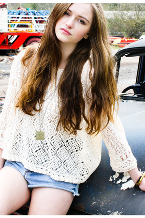 denim Yayer shorts - crochet Yayer top