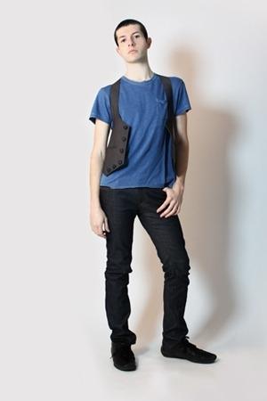 Gap t-shirt - Harajuku Tokyo vest - Zara pants