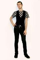 Comme des Garons for H&M t-shirt - Sisley vest - Zara pants