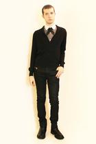 Hanjiro shirt - handmade tie - Sisley sweater - Zara pants - boots