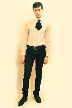 cream H&M shirt - black Deepstyle tie - black Zara pants - black Zara shoes - si