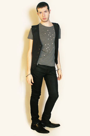 gray Zara vest - black shoes - black Zara pants - silver Topman accessories