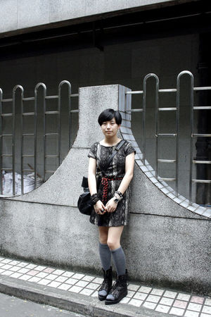 gray ZEEK dress - orange belt - black DIZEN purse - gray stockings - black shoes
