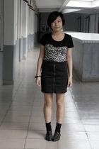 black DIZEN t-shirt - black HKD collections skirt - black H&M bracelet - black -