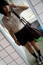 beige moms shirt - black all star Converse shoes - brown  bag