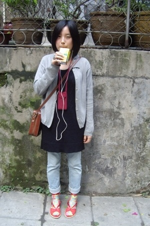 vintage - TH dress - UNQILO jeans - vintage - socks - H&M