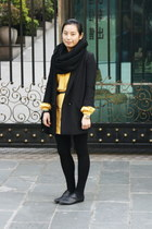 black H&M blazer - yellow moms vintage FLORA shirt - black H&M scarf - black rub