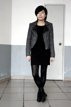 gray jacket - black dress - black leggings - black shoes