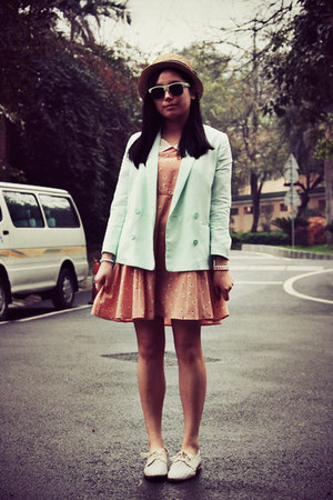 Monki blazer - dazzlin dress - straw hat - H&M sunglasses - Hushpuppies flats