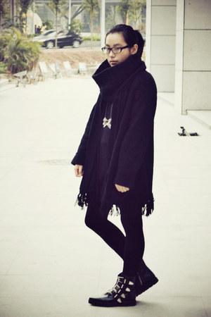 black puzzle boots - black knitted th dress - black twopercent scarf - black bag