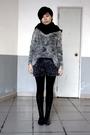 Black-scarf-gray-topshop-sweater-gray-shorts-black-leggings-black-shoes