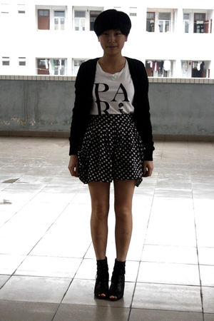 black giordano cardigan - white chapel t-shirt - black shorts - black Katie Judi