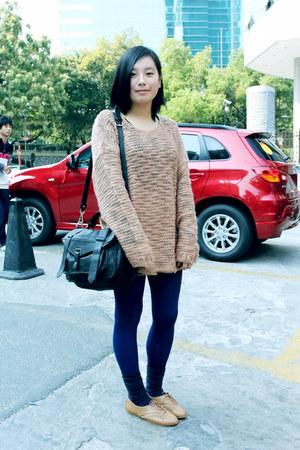 peach oversized Monki sweater - navy chapel leggings - black rubi bag - navy H&M