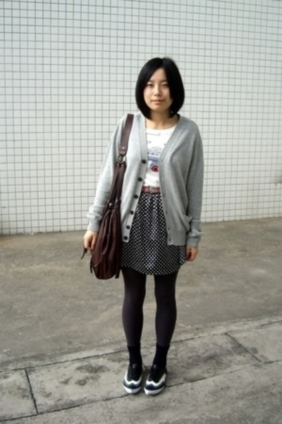 Uniqlo - t-shirt - Mango belt - skirt - Uniqlo socks - Giordano Concepts shoes
