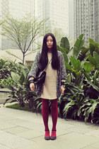 neutral Sukiired dress - black CHOC boutique bag