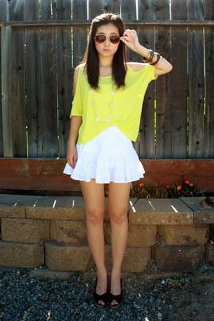 yellow Forever 21 shirt - tawny H&M sunglasses - white Forever 21 skirt