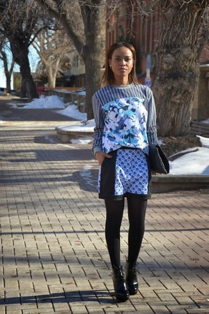 charcoal gray Peter Pilotto sweater - sky blue Peter Pilotto shorts
