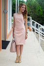 Light-pink-vince-camuto-dress-peach-justfab-bag-gold-dolce-vita-heels