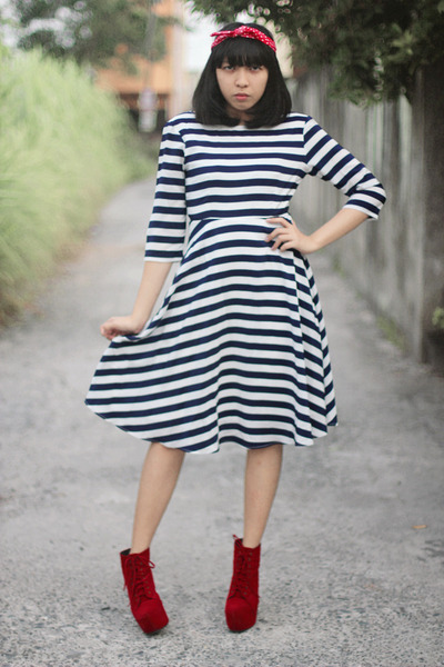 red litas boots - navy stripes dress - red headband hair accessory
