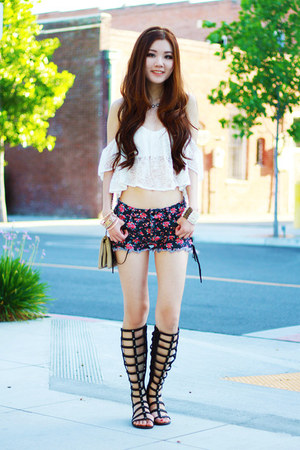 white lace Morphologie top - navy floral print Forever 21 shorts