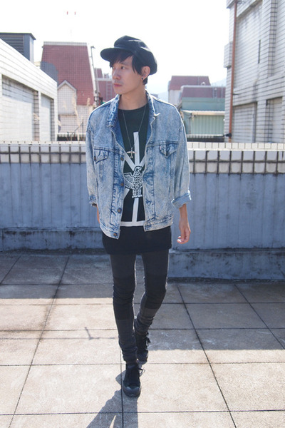 Long Clothing x BoyLondon shirt - Converse shoes - H&M jeans