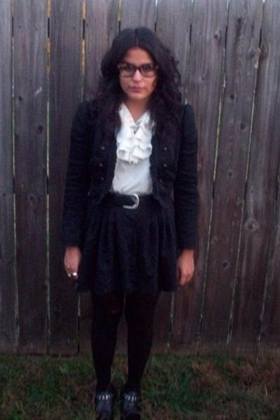 Zara blazer - Urban Outfitters blouse - skirt - simply vera wang tights - shoes
