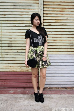 black WAGW bag - green Tangerine skirt - black Papaya clothing top