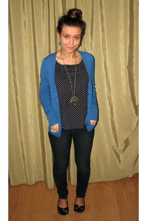 bronze necklace - turquoise blue earrings - blue thrifted cardigan